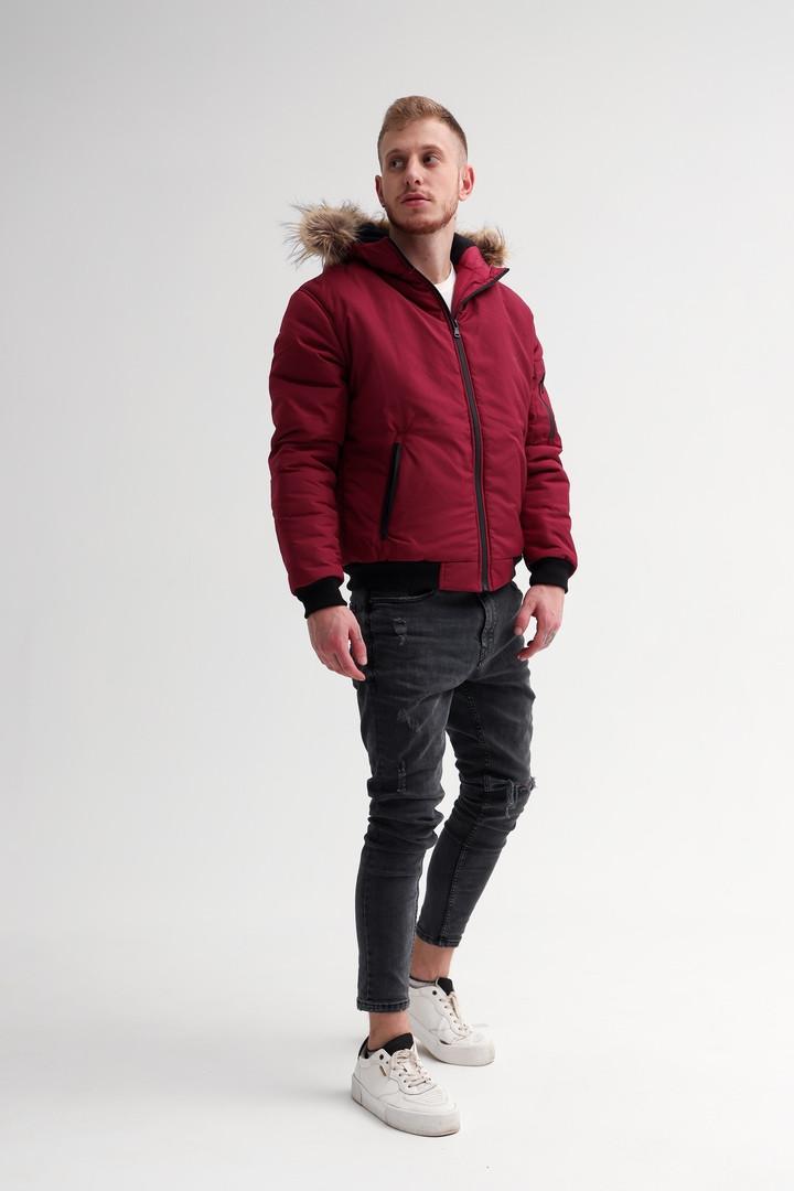 Мужская бордовая короткая куртка с капюшоном на меху осень/зима. Мужская красная ветровка пуховик демисезонный