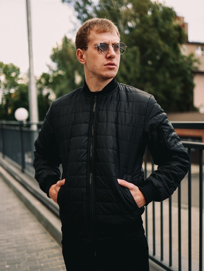 Мужская короткая стеганая куртка черная с манжетами без капюшона осень/весна.Мужская черная ветровка бомбер