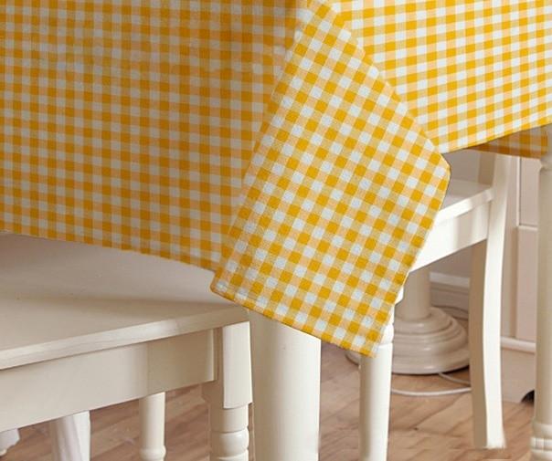 Скатерть клетка Пепита мелкая желтая 1.5м х 1.2м (кухонный стол)