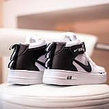Nike Air Force 1 Mid LV8  Женские осенние черно-белые кожаные кроссовки. Женские кроссовки на шнурках, фото 5