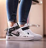 Nike Air Force 1 Mid LV8  Женские осенние черно-белые кожаные кроссовки. Женские кроссовки на шнурках, фото 7