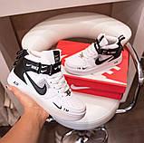 Nike Air Force 1 Mid LV8  Женские осенние черно-белые кожаные кроссовки. Женские кроссовки на шнурках, фото 9