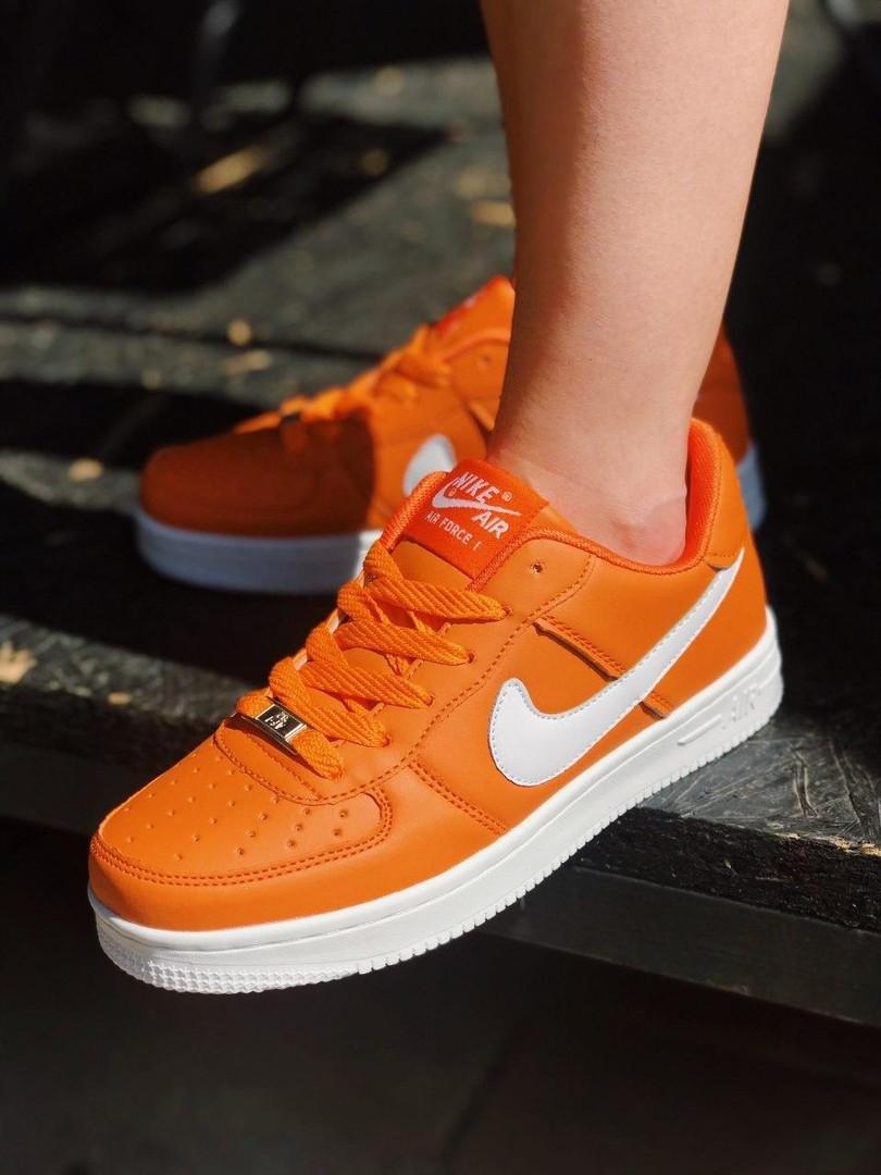 Nike Air Force Женские осенние оранжевые кожаные кроссовки. Женские кроссовки на шнурках