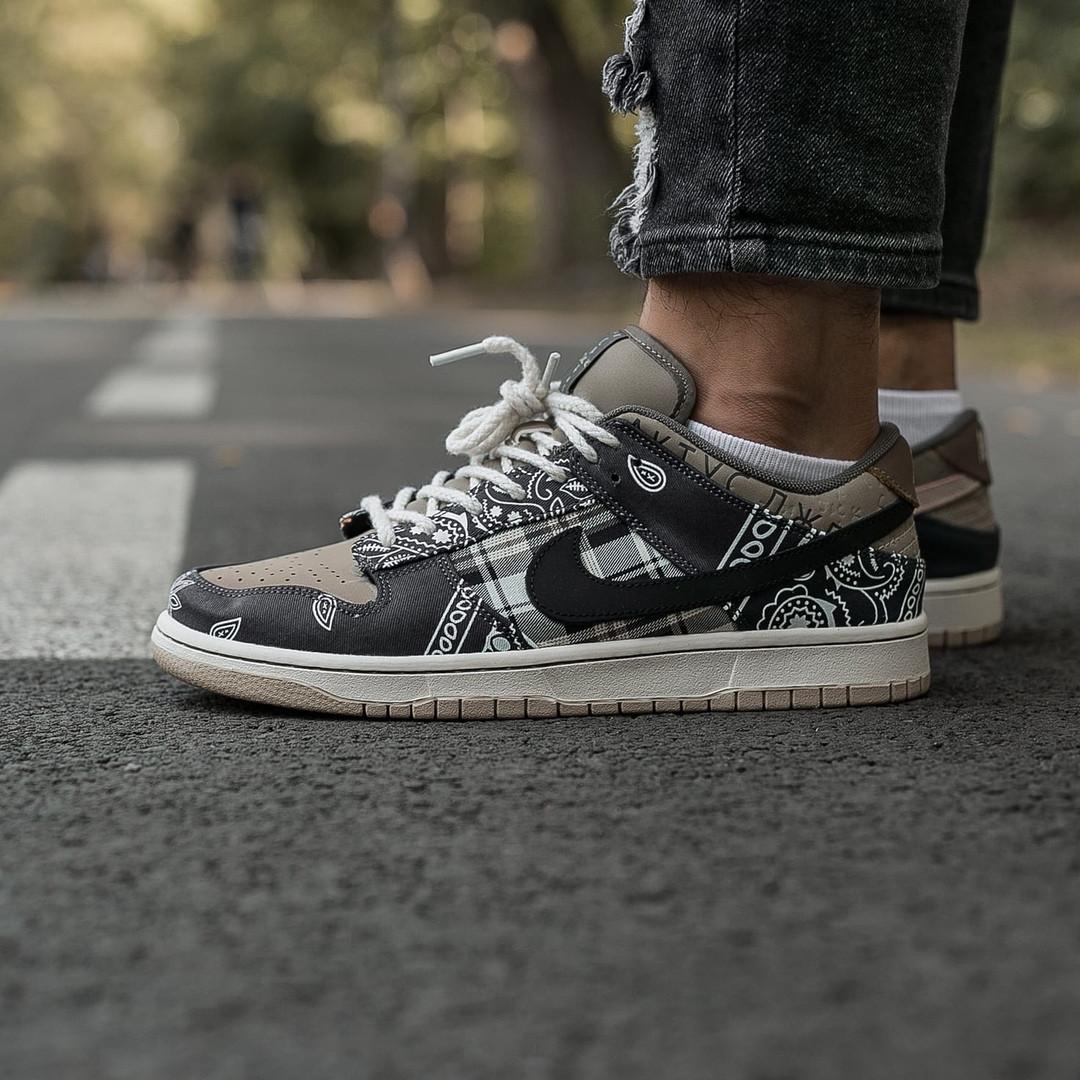 Nike SB Dunk x Travis Scott Женские коричневые кожаные кроссовки. Женские кроссовки на шнурках