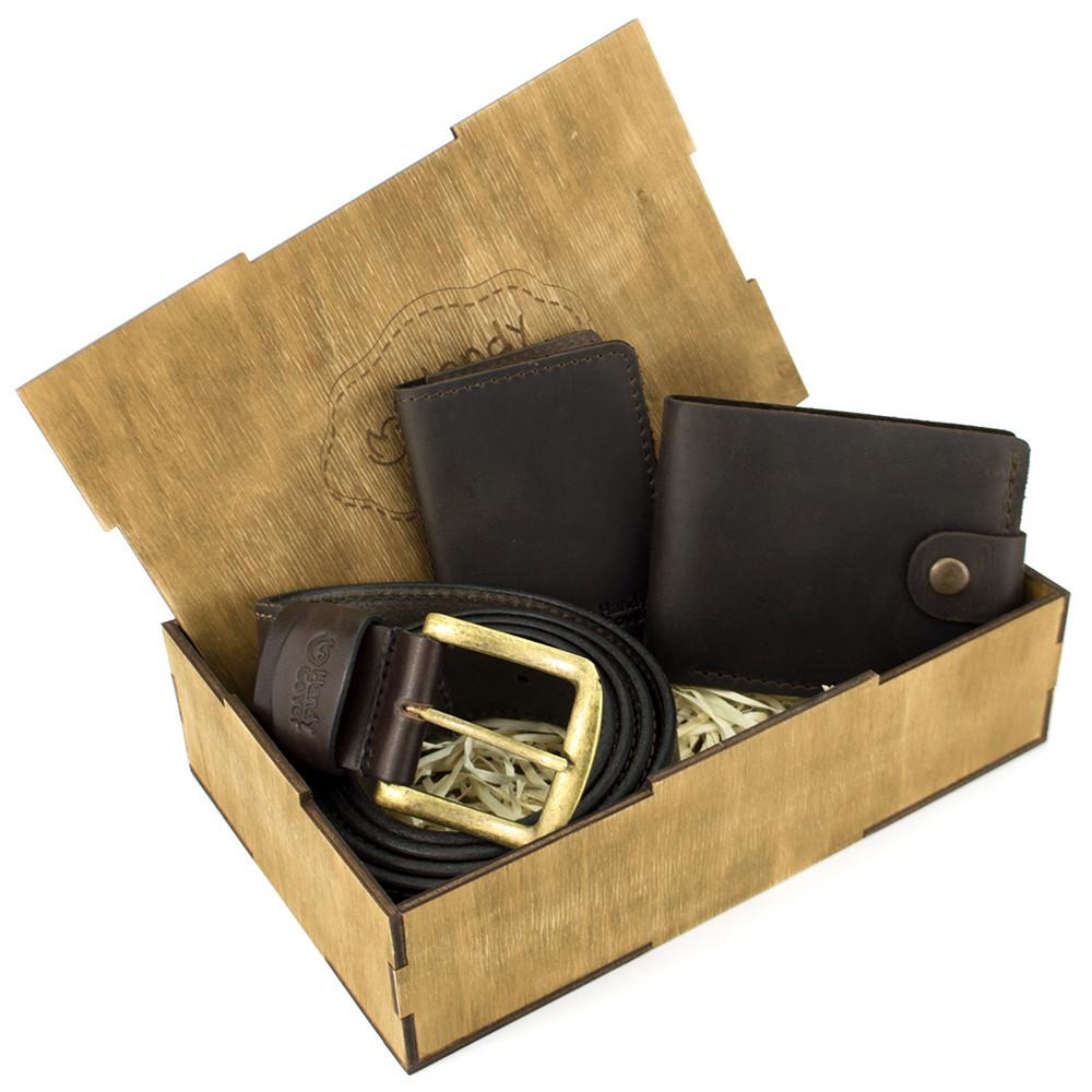 Подарочный набор мужской в коробке Handycover №42 (коричневый) ремень, портмоне, обложка на ID паспорт