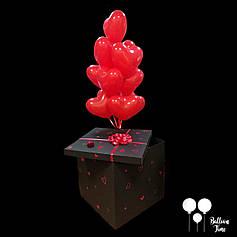 Коробка с шарами для романтического сюрприза