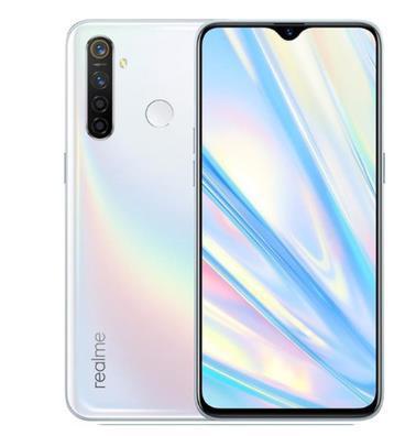 Смартфон OPPO realme Q RMX1971 4/64Gb white