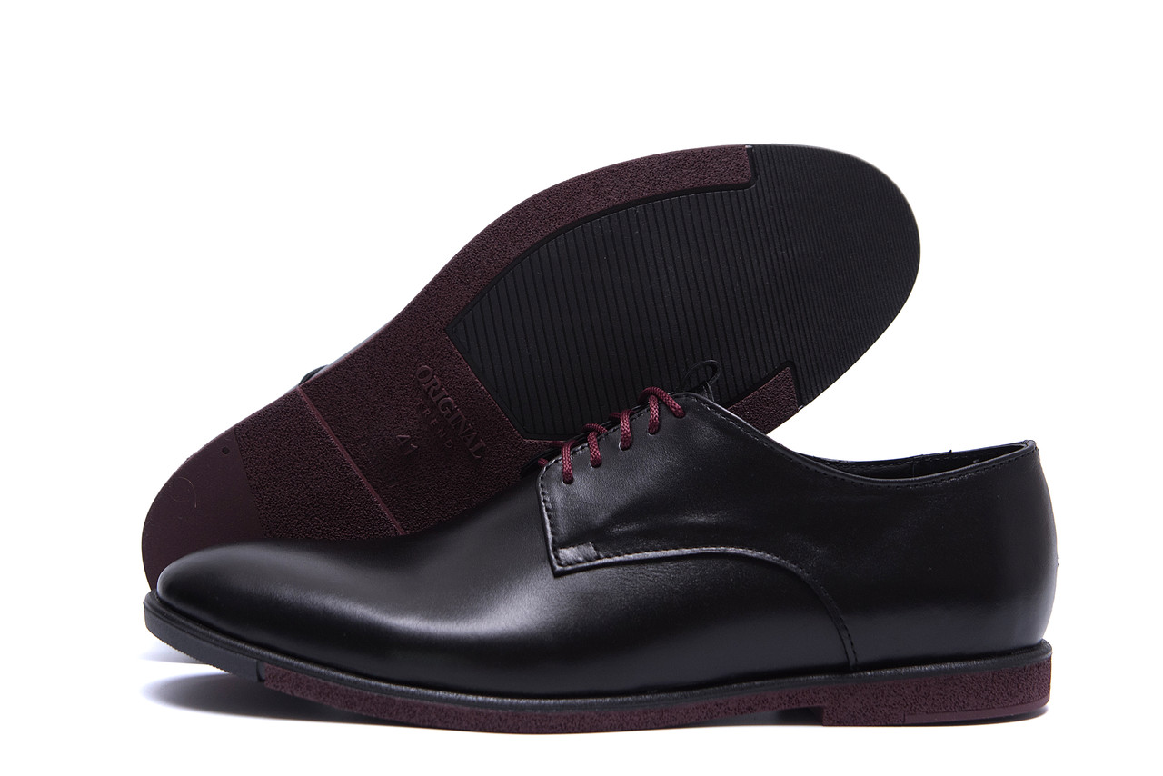 Кожаные мужские туфли на шнуровке