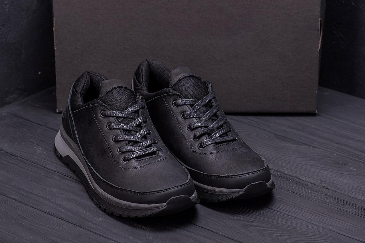 Чоловічі черевики чорного кольору з натуральної шкіри