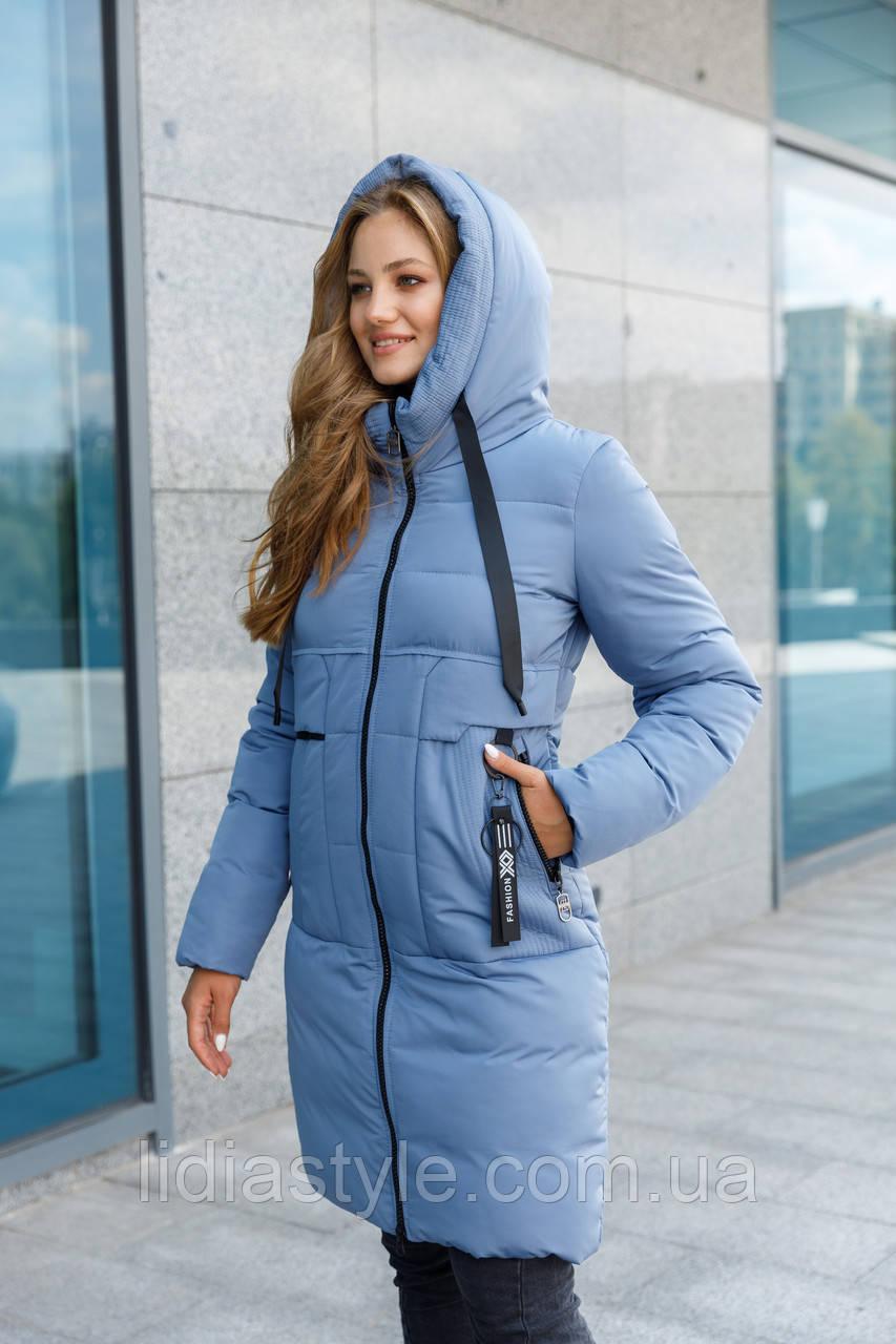 Женский теплый пуховик голубого цвета
