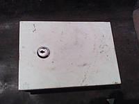 Бокс монтажный металлический 20*15*6 с замком на дверях(б/у)