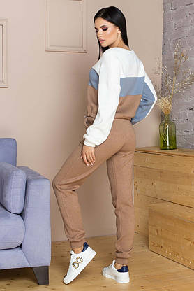 Женский теплый спортивный костюм из ангоры бежевый, фото 2