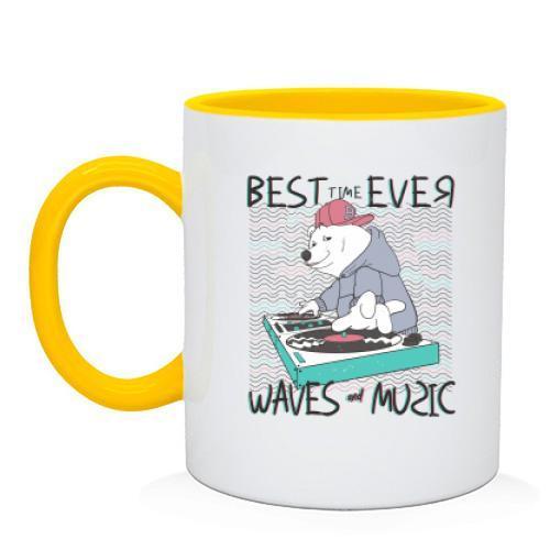 Чашка с белым мишкой диджеем