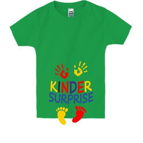 Детская футболка с надписью Киндер сюрприз