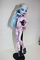 Кукла Monster High Эбби Боминейбл Я люблю моду – Abbey Bominable I love Fashion + 1 комплект одежды