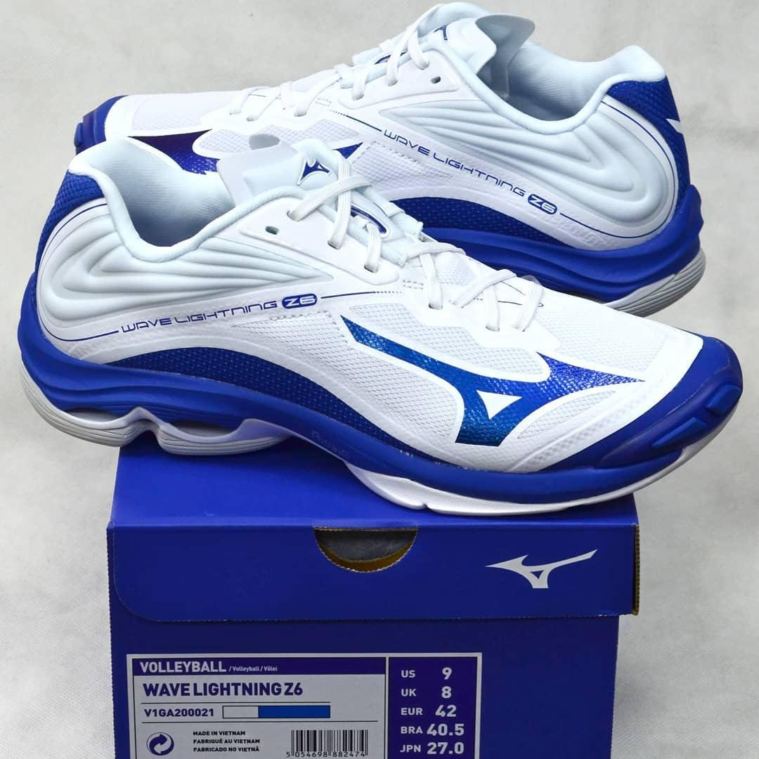 Mizuno Wave Lightning Z6 Low Volleyball Shoe V1GA200021