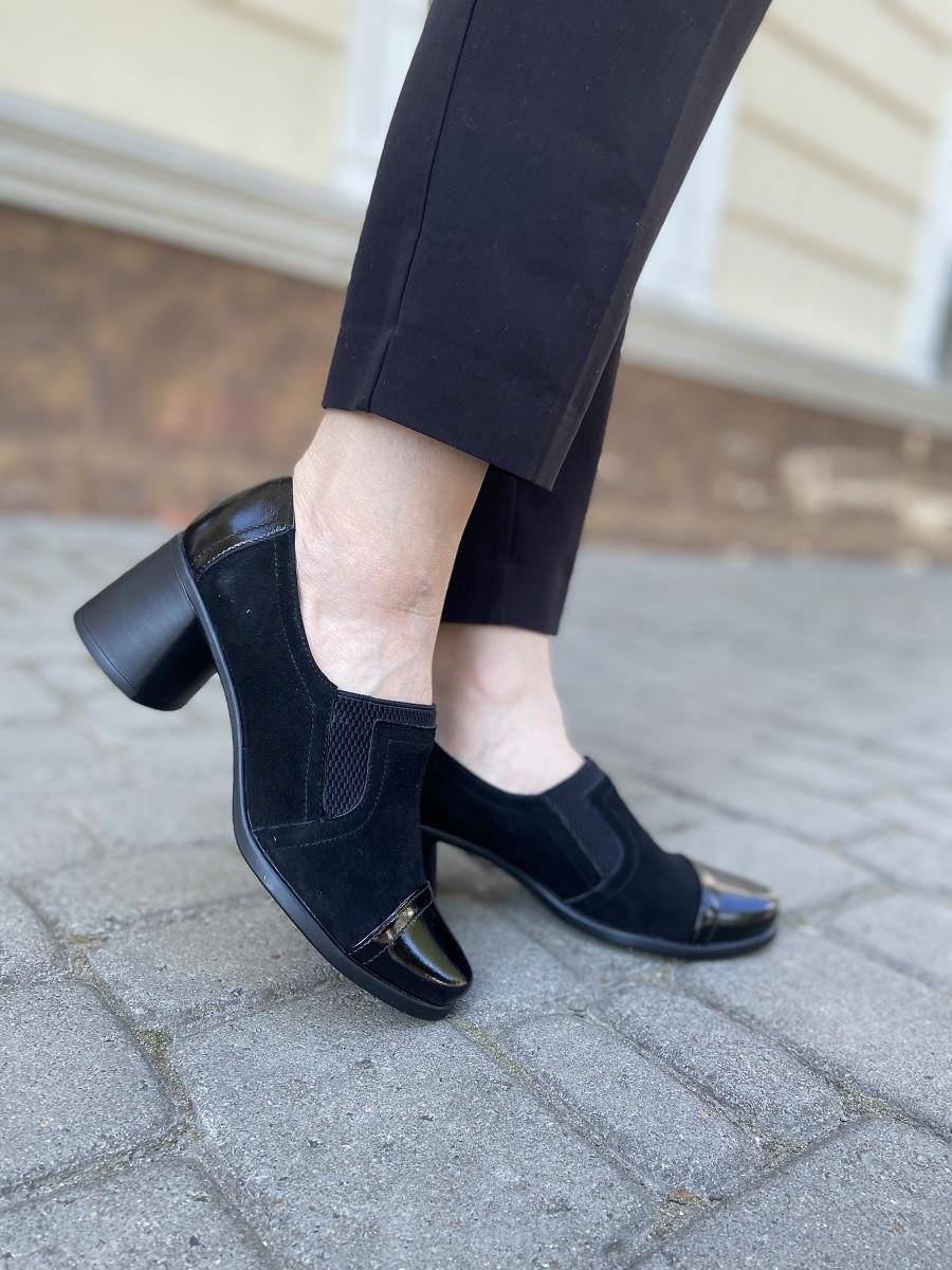 Черные замшевые туфли на устойчивом каблуке с лаковым носком, размер 36   37   38   40