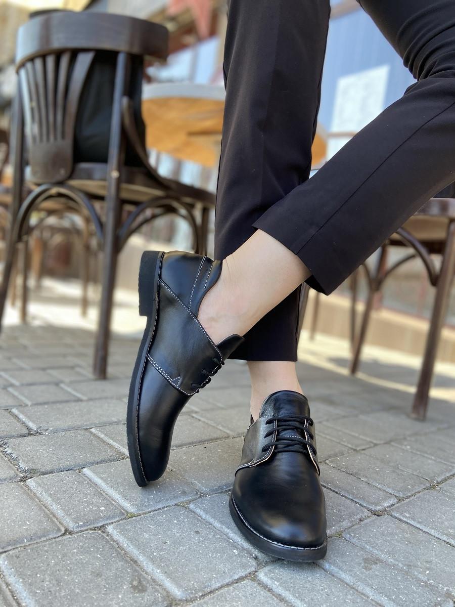 Черные классические кожаные туфли кожаные
