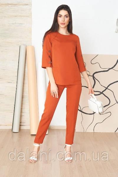 Женский брючный оранжевый костюм с рубашкой