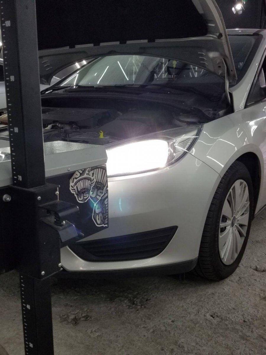 Регулировка фар Ford Focus 2012