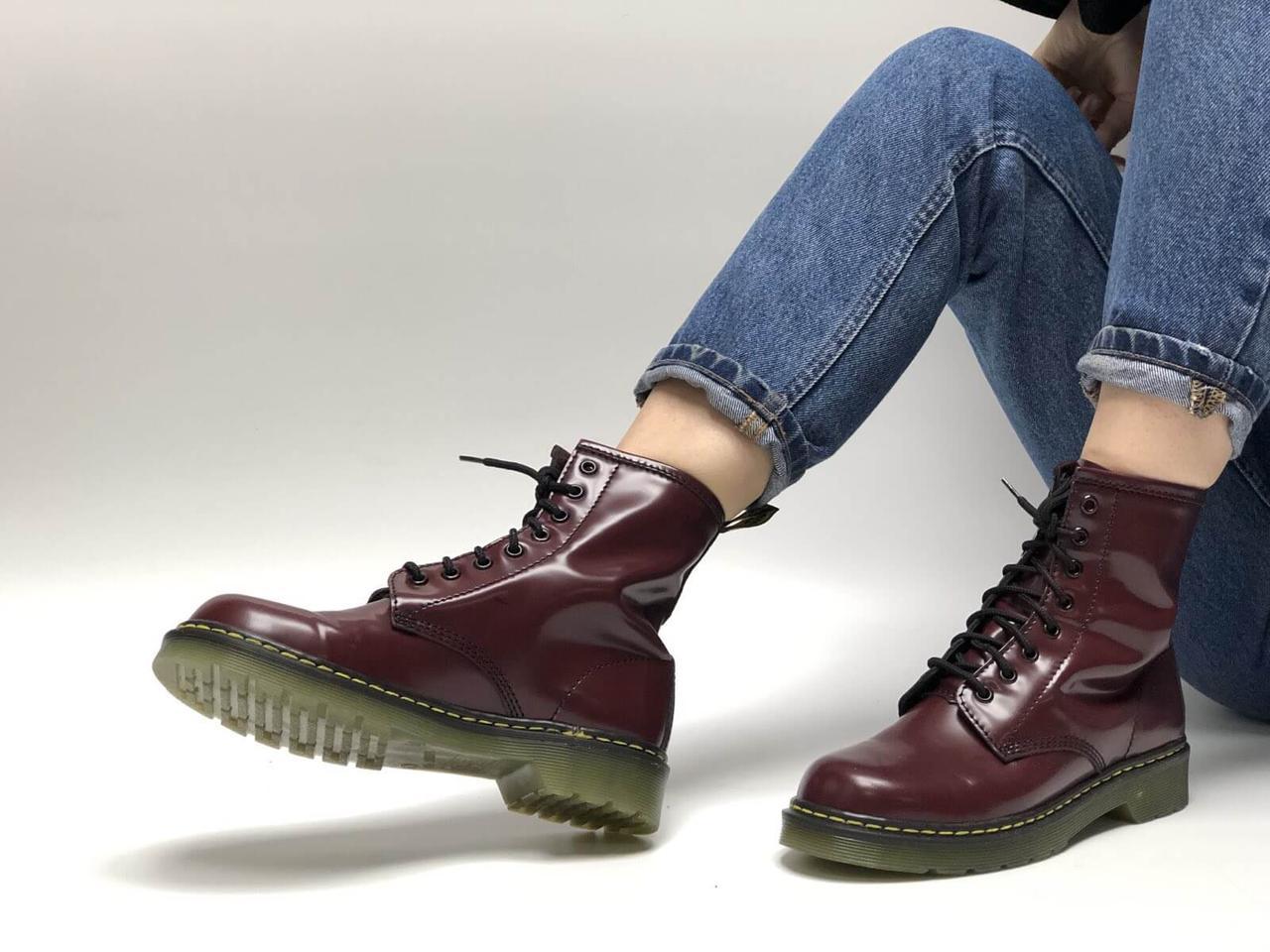 Зимові жіночі черевики Доктор Мартінс бордового кольору (Жіночі черевики Dr. Martens)