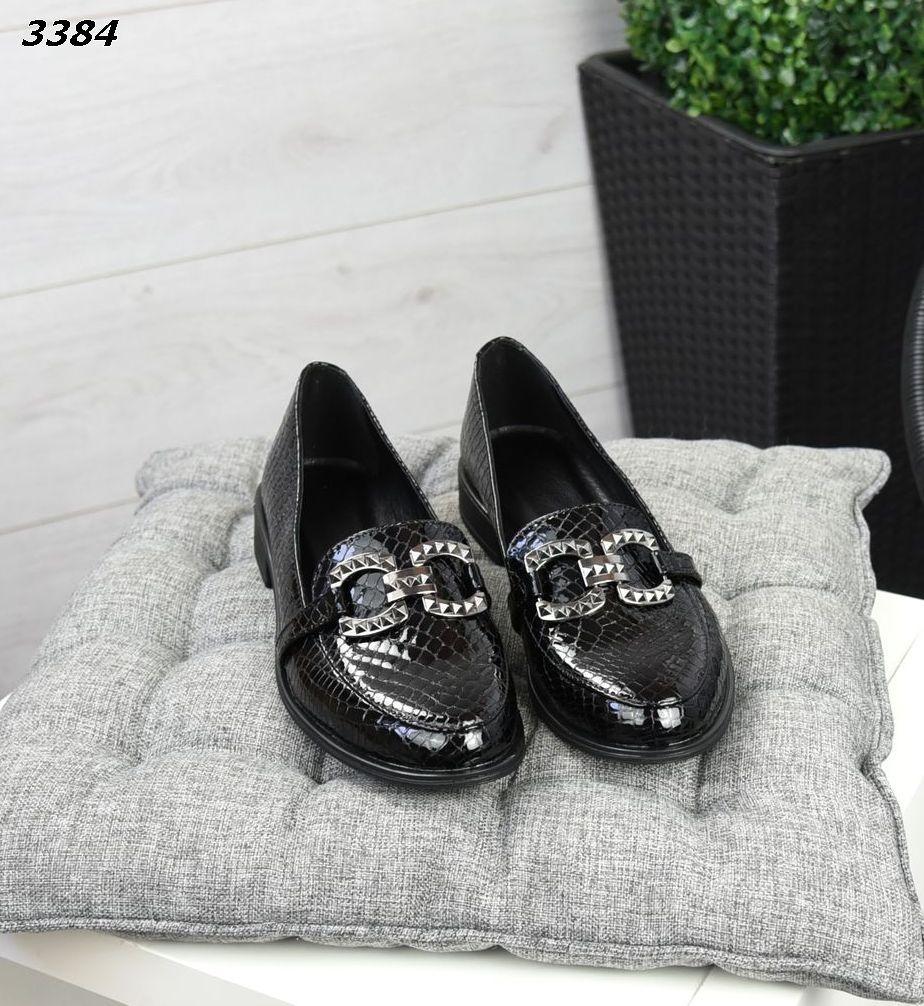 Жіночі туфлі лофери шкіра лак під пітона 36-41 р чорний
