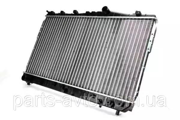 Радиатор, охлаждение двигателя CHEVROLET LACETTI (J200) 1.4 16V THERMOTEC D70013TT