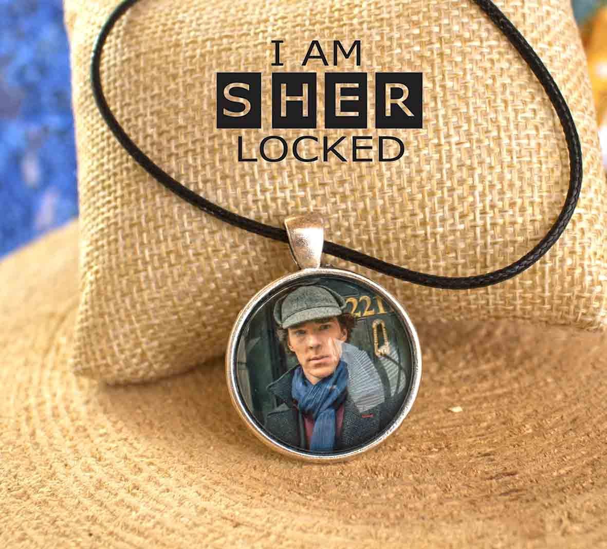 Кулон с изображением Sherlock Holmes Шерлок Холмс