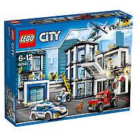 Lego City Полицейский участок 60141, фото 1
