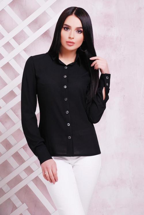 Женская блуза приталенного силуэта черная