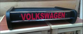 Столик (полку) на торпеду Volkswagen T5 з логотипом