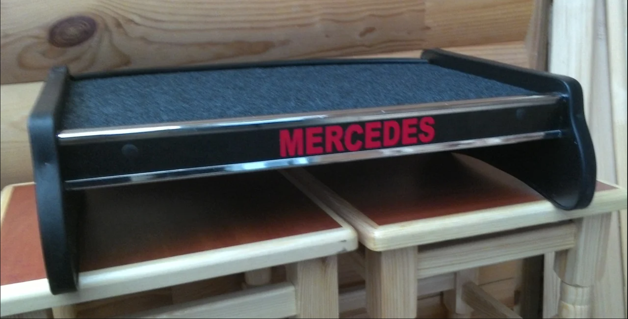 Столик (полка) на торпеду Mercedes VITO 2003-2015 W639 с логотипом