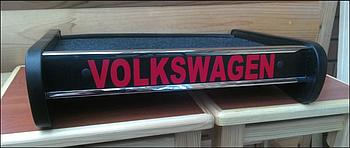 Столик (полку) на торпеду Volkswagen T4 з логотипом