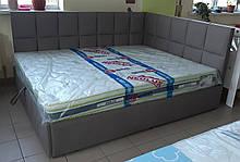 Кутове ліжко Модерн в м'якій оббивці