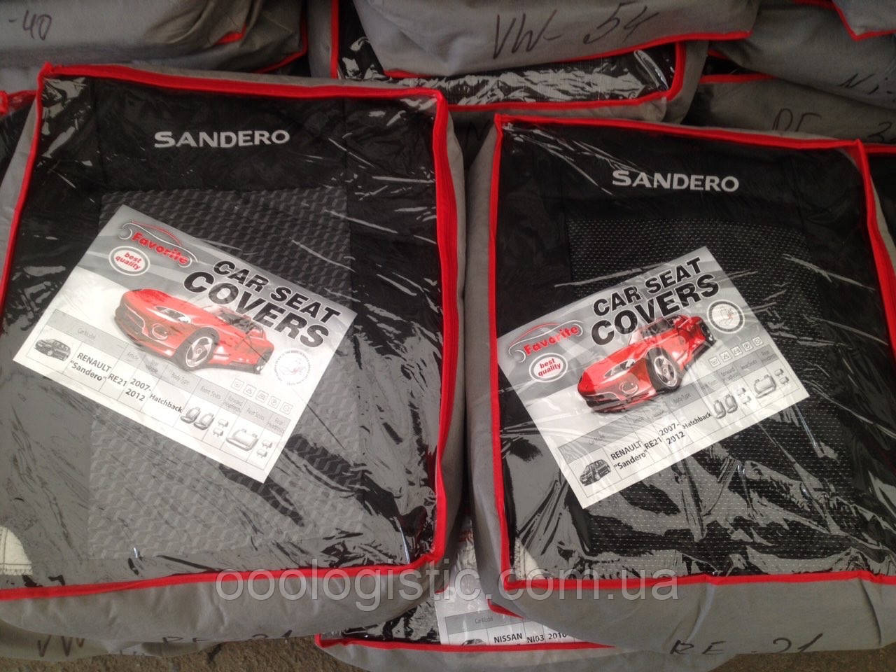 Авточехлы Favorite на Renault Sandero 2007-2012 hatchback