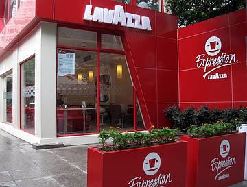 В России открывают крупную сеть кофеен Lavazza Espression.