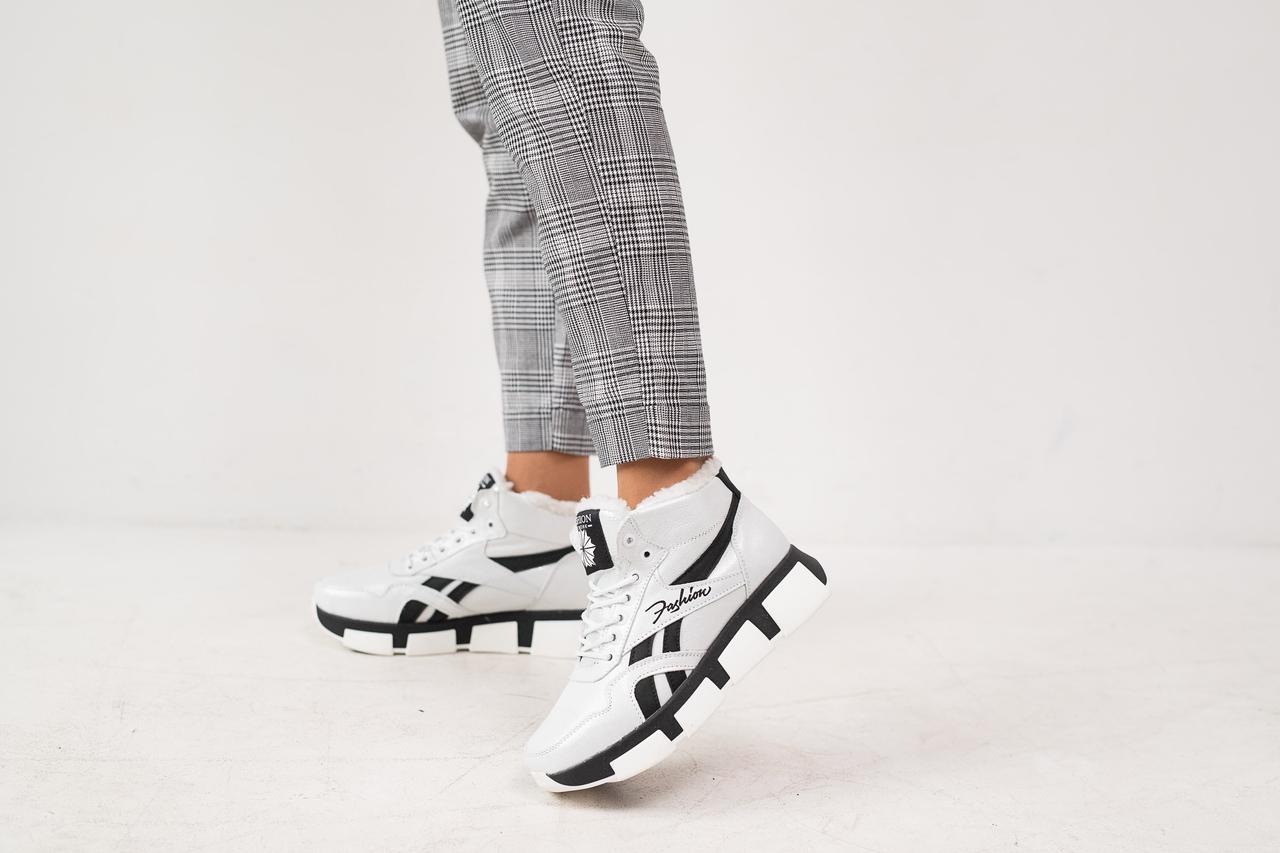 Женские кроссовки кожаные зимние белые-черные CrosSAV 50 Classic Leather Pearl