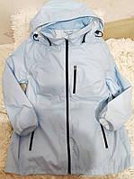 Женская куртка - дождевик с проклеянными швами капюшоном с козырьком и внутренними карманами Laura Kent