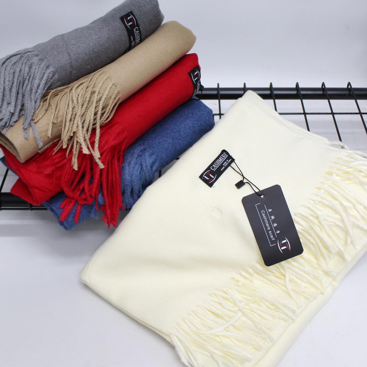 Кашемировый однотонный молочный шарф палантин Cashmere 104013