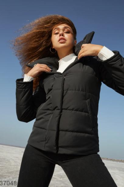 Теплая черная куртка S,M