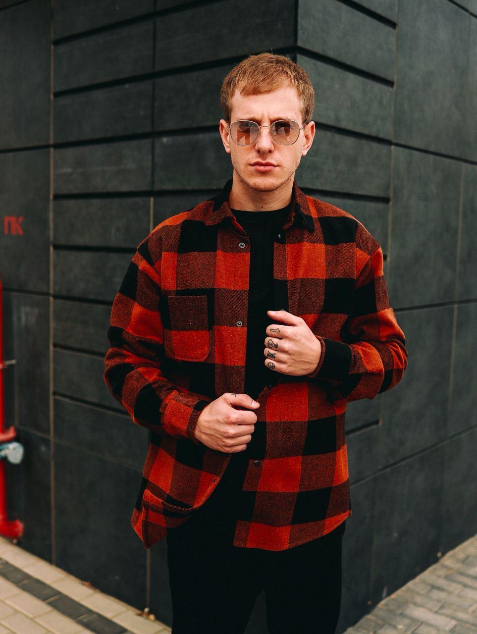 Мужская рубашка Оверсайз теплая в клетку красная. Стильная мужская теплая рубашка красного цвета.