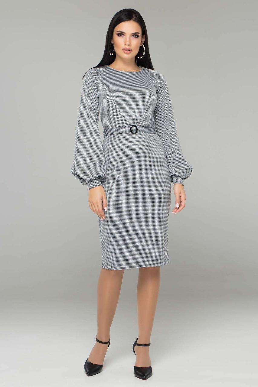 Трикотажное платье в клетку с поясом офисно-деловое рукав-фонарик