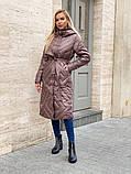 Жіноче демісезонне подовжене пальто з плащової тканини на холоффайбере, фото 7