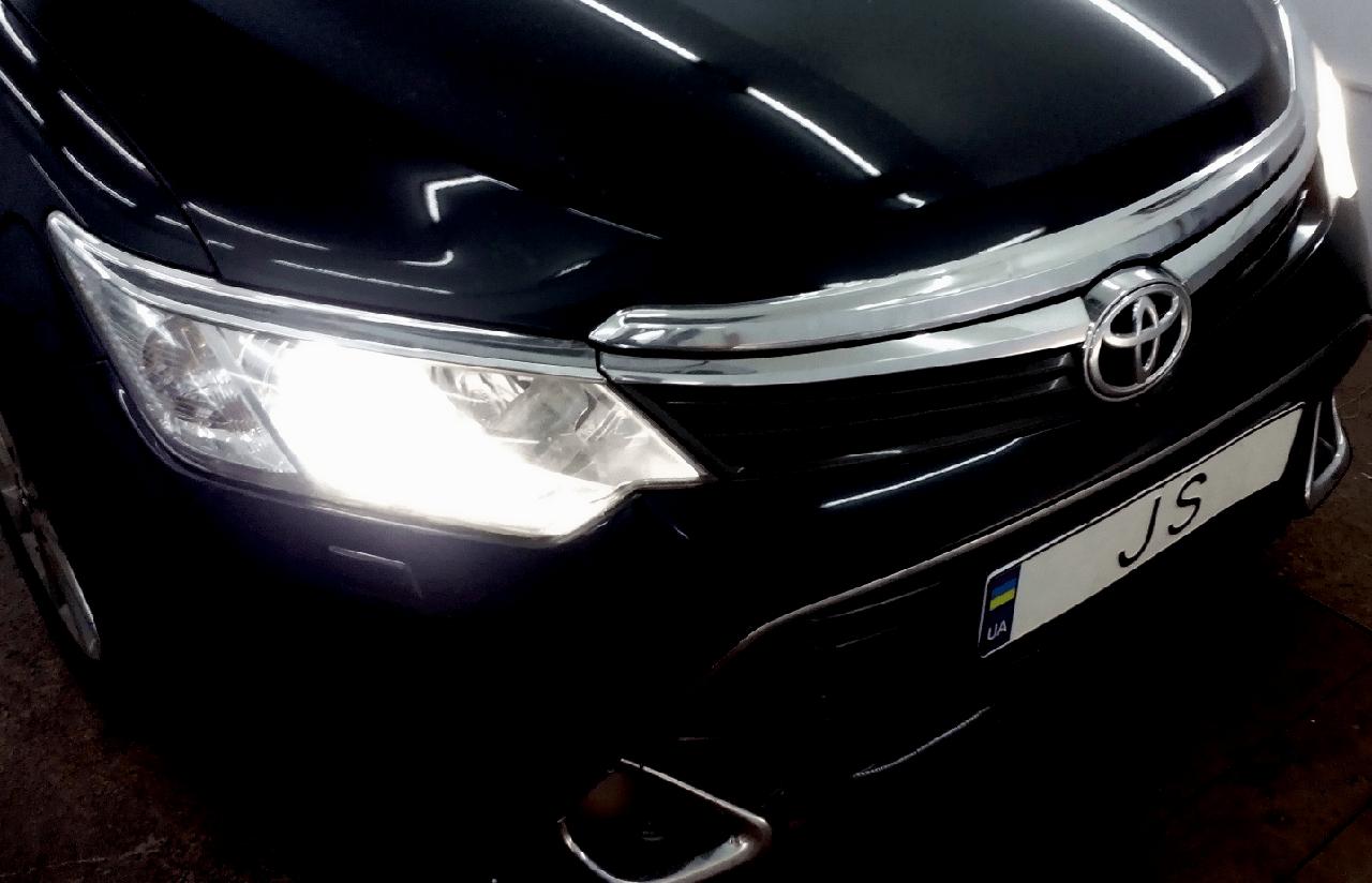 Установка ксенона на Toyota Camry