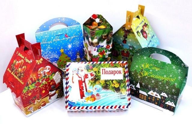 Подарочная новогодняя упаковка для конфет