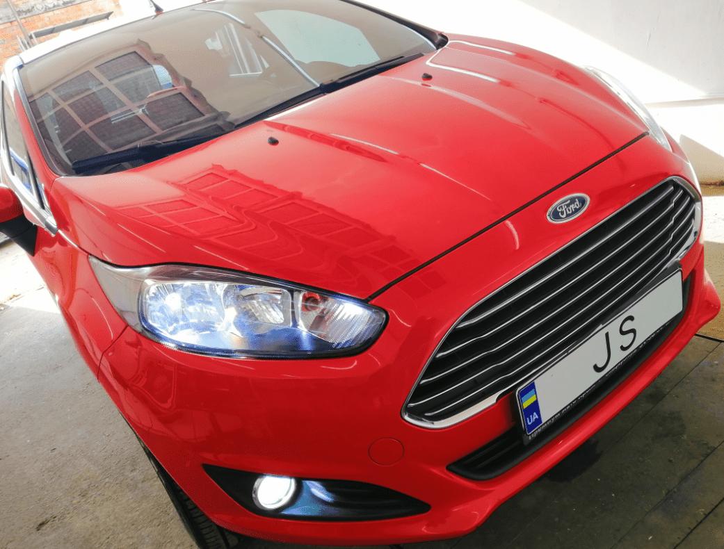 Установка світлодіодних ламп Ford Fiesta