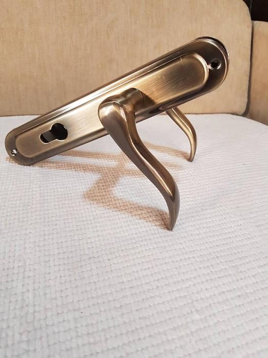 Ручка на планке алюминий 85 мм Hi-LUKE BH45Z (P04-H52AB)