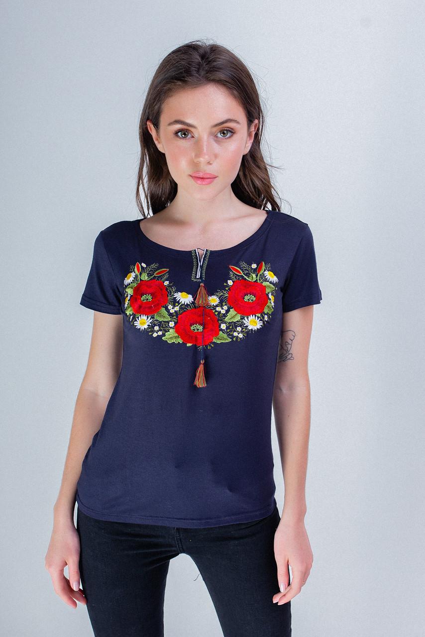 Красивая женская вышитая футболка в синем цвете с цветочным орнаментом «Маковый цвет»