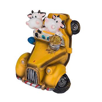 "Сувенир ""Коровы в машине""16х13см в ящ. міх: 3 вида код: 520162"