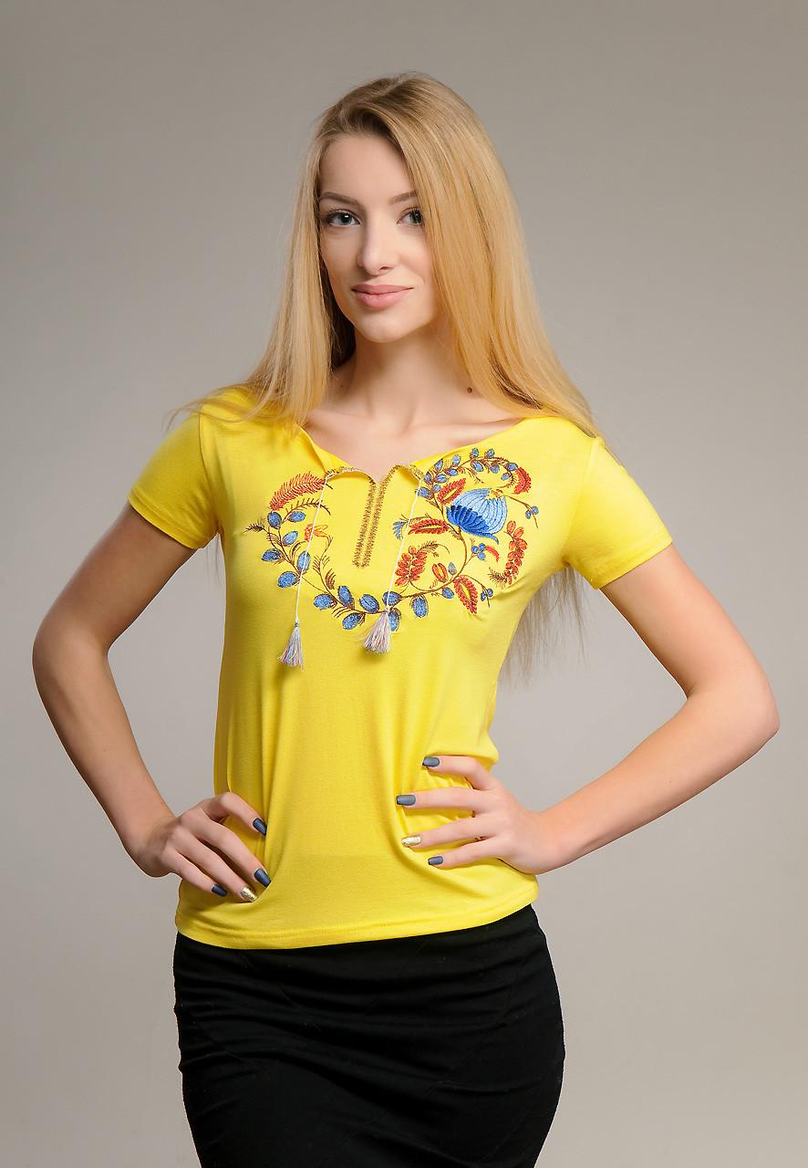 Жіноча вишита футболка у патріотичному жовтому кольорі «Петриківський розпис»